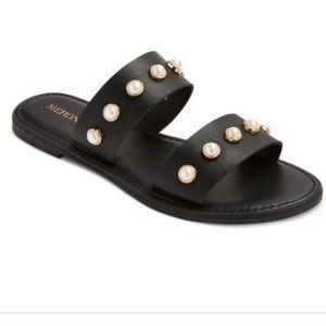 🖤 EUC Merona Margo Pearl Slide Sandals